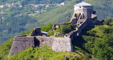 Fortezza di Mont'Alfonso, a Castelnuovo di Garfagnana (LU)