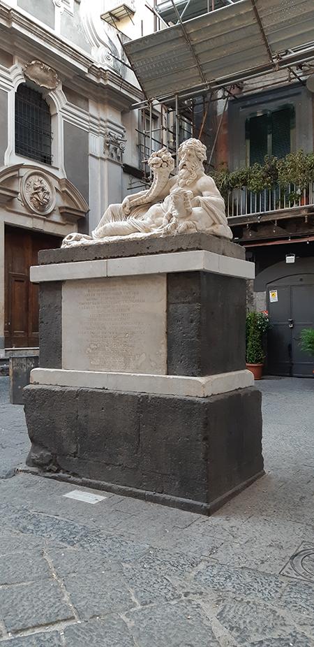 Statua del dio Nilo Corpo di Napoli