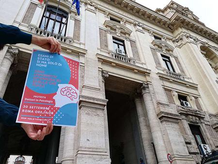 Manifestazione psicologi a Roma