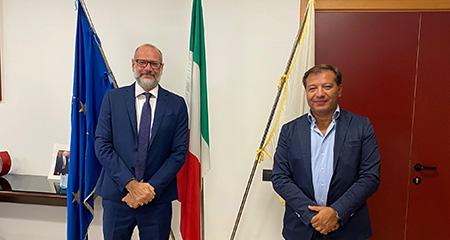 Il Rettore dell'Università di Salerno, prof. Vincenzo Loia e il Presidente e AD di NetCom Group, Domenico Lanzo