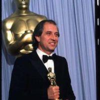 Vittorio Storraro con l'Oscar vinto per L'Ultimo Imperatore