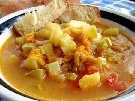 Minestra di patate, zucchine e ciurilli