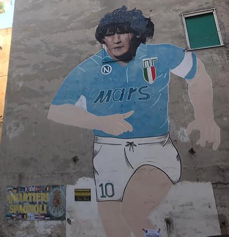 Murale di Maradona ai Quartieri Spagnoli di Napoli