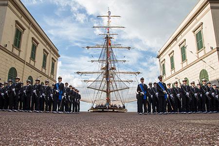 Giuramento Allievi Accademia Militare di Livorno - ph Marina Militare