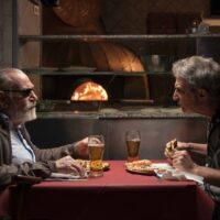 Andrea Renzi e Renato Carpentieri a tavola in Santa Lucia film di Marco Chiappetta foto di Serena Petricelli