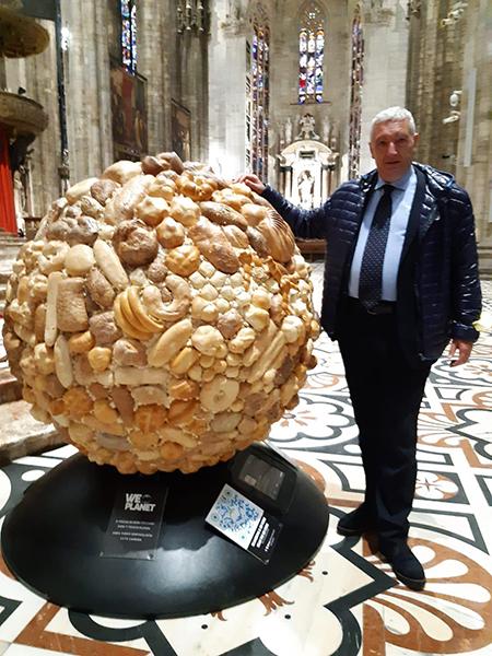 Cesare Marinoni - Globo di pane