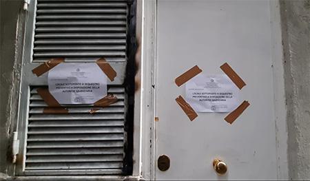 Napoli, sequestrato deposito logo e marchi contraffatti