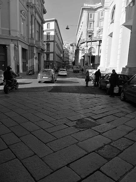 riaperto tratto stradale tra via Chiatamone e Galleria Vittoria