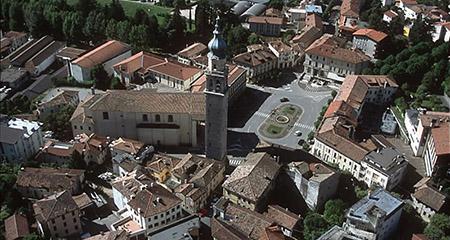 piazza Marconi a Valdobbiadene (TV)