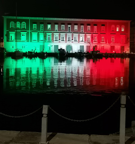 Base Navale della Marina Militare a Napoli