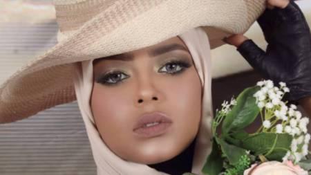 modella attrice yemenita