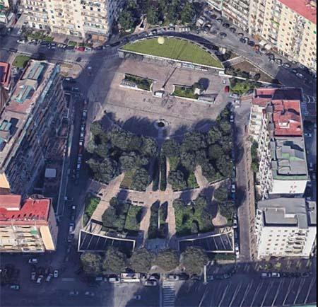 Piazza Italia a Napoli