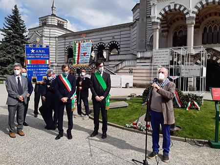 cerimonia di commemorazione delle vittime nei lager al Monumentale di Milano