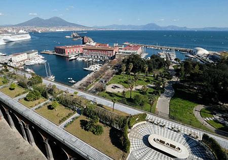 Giardino romantico del Palazzo Reale di Napoli