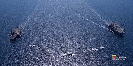 Cacciatorpediniere Andrea Doria in addestramento con Royal Navy