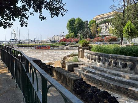 Fontana dei Papiri al Molosiglio