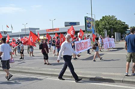 Eugenio Giani alla manifestazione GKN a Campi Bisenzio (FI)