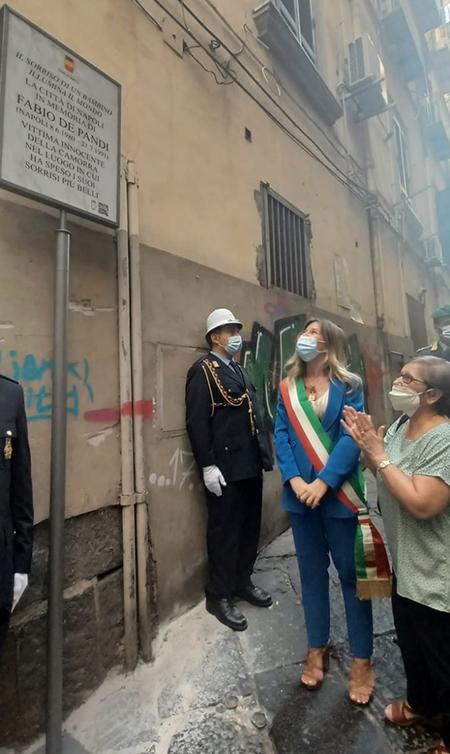Napoli, una targa in memoria del piccolo Fabio De Pandi