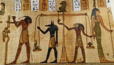 21 grammi - Scena della pesatura del cuore dal Libro dei Morti di Hor, papiro conservato al Museo Egizio di Torino