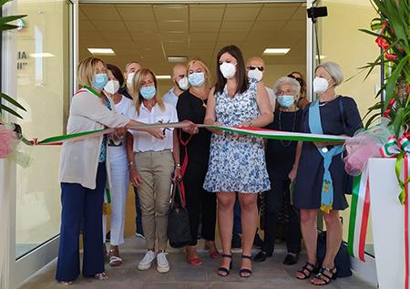 Alessandra Nardini all'inaugurazione della scuola di Capannoli (PI)